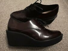 Clarks Wedge Woman Shoes Size 5.5