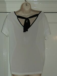 Oui ladies white top v-back with bow size 12 BNWT