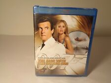THE MAN WITH THE GOLDEN GUN New Blu-ray Disc
