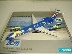 """Herpa Wings 500 AOM French Airlines MD-83 """"Blue Space - ILA 2004"""" 1:500 NG"""