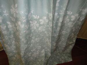 CYNTHIA ROWLEY BLUISH GREEN & WHITE FLORAL FABRIC SHOWER CURTAIN 71 X 70 NEW