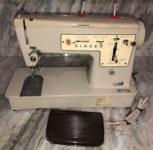 Vintage Singer Sewing Machine Zig Zag Model 457 Stylist-EXCELLENT CONDITION-RARE