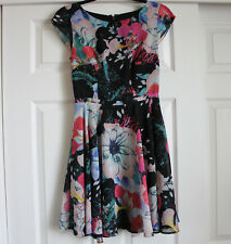 FRENCH CONNECTION WOMEN'S FLORAL DRESS SIZE 0