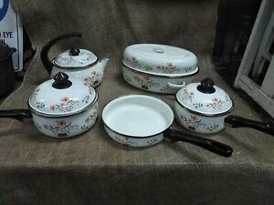 Vintage Enamel 5pc COUNTRYSIDE COLLECTION POTS / Bakeware - Collectable