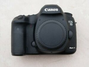 Canon  EOS 5D Mark III 22.3 MP Digital SLR Camera - Black with charger/battery.