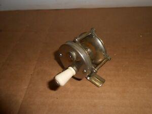 vintage fishing reel hendryx bait casting #60 pat 1888 outdoors sports
