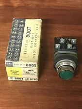 Allen-Bradley 800T-KD1B19 Selector Switch Pushbutton Green Old Stock