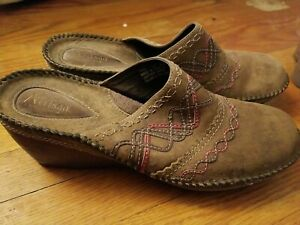 Clark's Artisan Collection Women's Clogs Size 12M Leather Style #72930