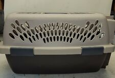 New listing Petmate Taxi Pet Carrier Travel Cat Small Dog Lightweight Transport Kennel Crate