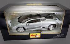 Vintage Maisto Gray Jaguar XJ220 1992 - Scale 1:24