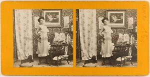 La Puce Scène Artistique Femme Lingerie c1900 Photo Stereo Vintage Argentique