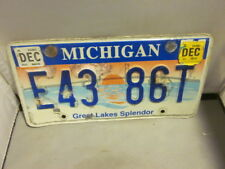 MICHIGAN LICENSE PLATE # E43 86T EXPIRED OVER 3 YEARS GREAT LAKES SPLENDOR