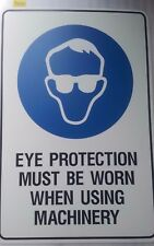 MANDATORY SIGN - EYE PROTECTION MUST BE WORN USING MACHINERY - POLY 450x300mm