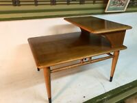 Lane Dovetail Mid-Century Modern Coffee Table Stack Step End Table Style 0900-07