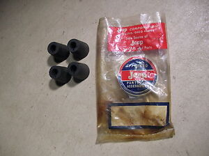 VINTAGE NOS WILLYS JEEP RUBBER BUSHINGS - GROMMETS P-75317-1  30