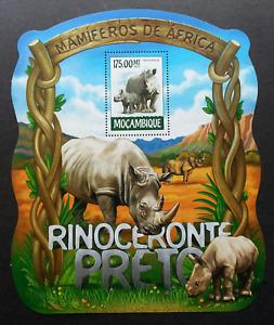 Mozambique Rhinoceros 2015 Wildlife Wild Animal (ms) MNH *odd shape *unusual