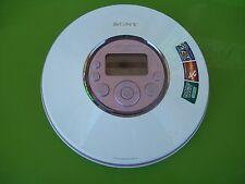 SONY D-NE320 PSYC Atrac 3 Plus MP3 CD Walkman CD PLAYER very good