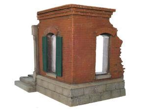 William Britains Ruined European Brick Building Corner 17921