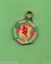 SOUTH SYDNEY JUNIOR  RUGBY LEAGUE  CLUB MEMBER BADGE 1988 #5020 ASSOCIATE