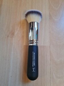it - Heavenly Luxe Flat Top Buffing Foundation Brush No.6 NEW