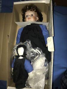 Vintage Kingstate porcelain doll Becca 431/1000
