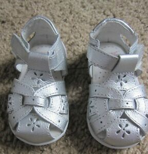 PEDIPED Grip Nicki Baby Girls Size 4 4.5 US 19 EU Silver Leather Sandals NEW