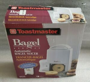 Toastmaster Bagel Perfect Automatic Bagel Slicer 6125