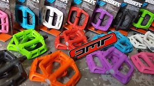 "DMR V6 Plastic Pedals (PAIR) Mountain Bike BMX (9/16"") Flat Platrform (NEW)"