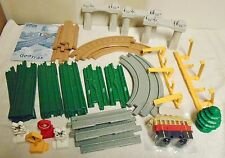 FISHER  PRICE  GEOTRAX  SPECIAL  TRACK  PACK  COMPLETE  25 PIECES  -  EUC