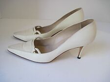 MANOLO BLAHNIK CREAM LEATHER WITH CANVAS FRONT PUMPS HEELS ITALY SIZE 37 1/2