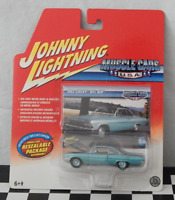 Johnny Lightning Muscle Cars USA 1962 Chevy Bel Air Real Wheels Series 38/R7