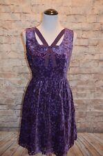 Modcloth Mystery Dinner Theater Velvet Dress  NWOT Purple velvet bow embossed
