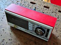 radio da comodino a transistor 2 bande LUCKY am sw rosso vintage modernariato