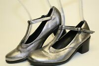 Lili Mill Italy Hand Made Womens 38 8 Silver Leather T Strap Pumps Heels Shoes