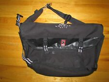 "Chrome Industries Black XL Citizen Messenger 26L Crossbody Bag 22"" x 13"" x 7"""
