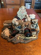 Boyd's Santa & Friends Collection - Santa's Hobby #3004 - 5E/1561 - No Box