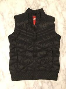 Women's Nike Sz S Black 700 Down Fill Puffer Vest