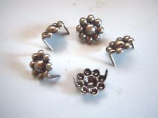 "20 Round Berry Spots 5/8"" Old Silver 2 Prong"