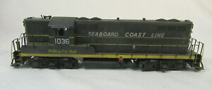 O Scale Red Caboose GP-9 Dummy Diesel Engine - Seaboard Coast Line 1036
