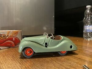 90's Green Schuco Examico 4001 Wind Up Toy Car - Works With Windshield & Box!