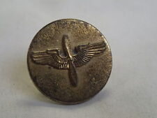WWII PILOTS WINGS/PROPELLER HAT INSIGNIA SCREW BACK