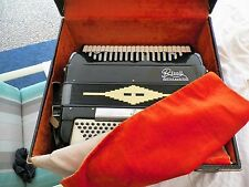VNTG ITALIAN SONOLA RIVOLI LITTLE MAESTRO ACCORDION STRAPS & CASE