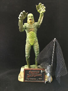 The CREATURE from the BLACK LAGOON UNIVERSAL MONSTERS 1999 SIDESHOW TOYS