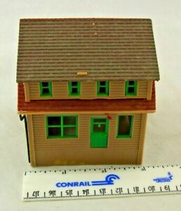 HO Scale 1:87 Building: General Store with Dormers