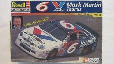 Revell Mark Martin Valvoline #6 Nascar Ford Taurus