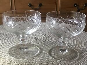 Vintage Diamond Cut Glass Crystal Champagne coupes Saucers Glasses 2X Excellent