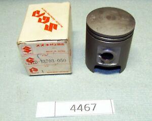 SUZUKI RG 80 Gamma Original Kolben OS 0,5 1.Übermass piston pistone genuine