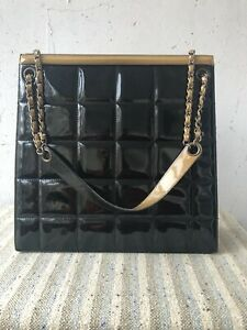 CHANEL Quilted Shoulder Handbag Black Patent Leather Chain used