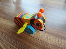 2013 Fisher Price Buzzy Bee  Pull Toy, Wings Spin, Wheels Turn and Makes Noise