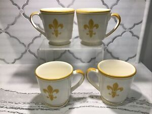 Set Of 4 Williams Sonoma Fleur De Lis Coffee Mugs Yellow. Owned But Not Used